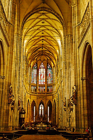 image 4-960-443 Czech Republic, Prague, St Vitus Cathedral, Hradcany Castle