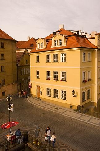 image 4-960-605 Czech Republic, Prague, Mala Strana square