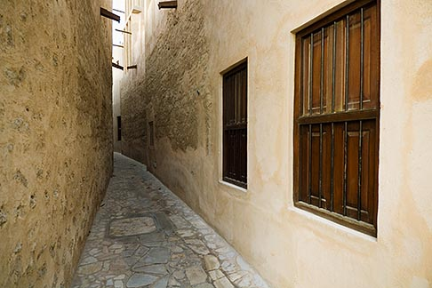 image 8-730-239 United Arab Emirates, Dubai, Alleyway in historic Bastakiya Quarter