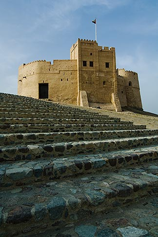 image 8-730-403 United Arab Emirates, Fujairah, Fujairah Fort, built in 1670, oldest fort in the Emirates