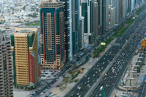 image 8-730-9077 United Arab Emirates, Dubai, Sheikh Zayed Road and Dubai business district, high angle view