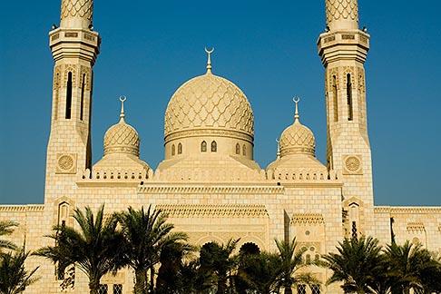 image 8-730-9629 United Arab Emirates, Dubai, Mosque and minarets