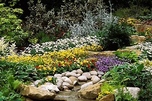image 3-753-42 England, Chelsea Flower Show, Lindisfarne Gospel Garden