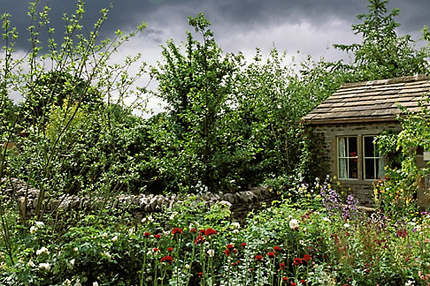image 3-754-1 England, Chelsea Flower Show, Yorkshire Forward Garden
