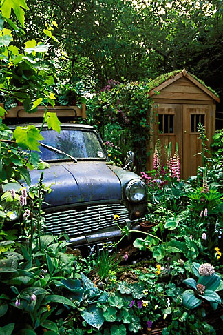 image 3-755-86 England, Chelsea Flower Show, The Mini Garden by Sulis Garden Design