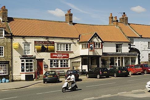 image 4-900-2183 England, North Yorkshire, Kirkbymoorside village square