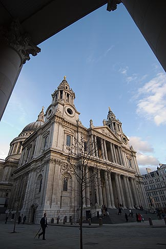 image 7-611-2999 England, London, St Pauls Cathedral