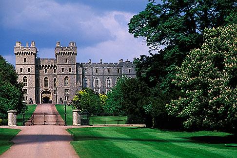 image 9-319-3 England, Windsor, Windsor Castle
