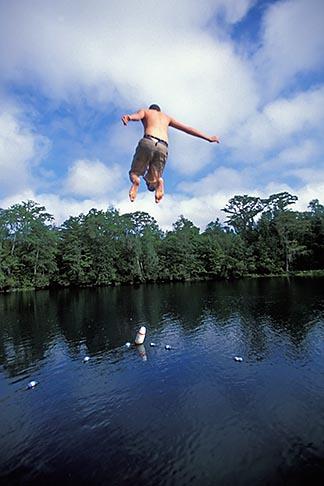 image 2-530-18 Florida, Tallahassee area, Wakulla Springs State Park