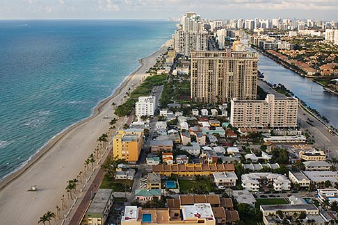 image 7-672-2478 Florida, Miami, Miami Beach, aerial photo