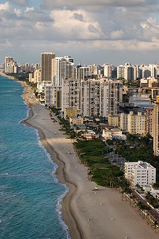 image 7-672-6768 Florida, Miami, Miami Beach, aerial photo