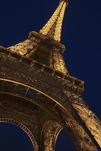 image 6-450-6077 France, Paris, Eiffel Tower at night