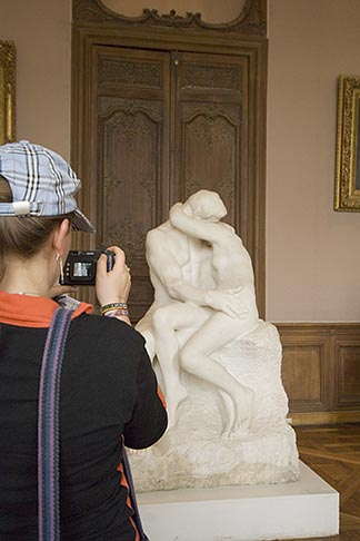 image 6-450-6706 France, Paris, Rodin Museum, The Kiss