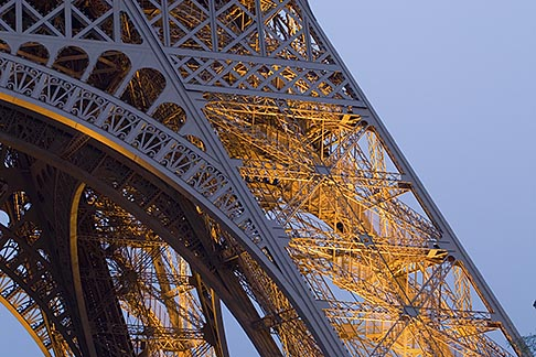 image 6-450-825 France, Paris, Eiffel Tower , detail at night