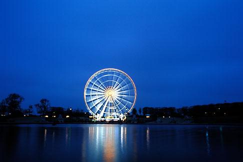 image S1-35-1 France, Paris, Place de la Concorde, Ferris Wheel