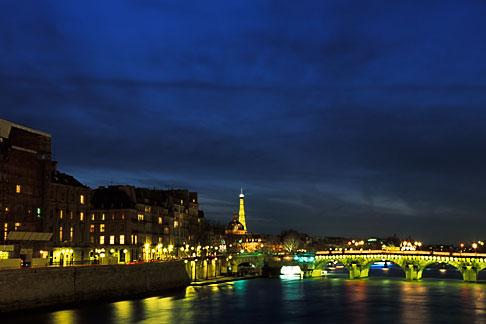 image S1-35-9 France, Paris, Seine and Tour Eiffel