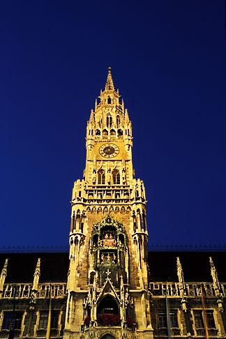 image 3-920-19 Germany, Munich, Neue Rathaus New Town Hall on Marienplatz