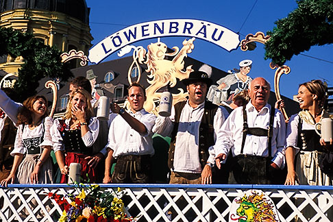 image 3-950-71 Germany, Munich, Oktoberfest, Parade of Folklore Groups