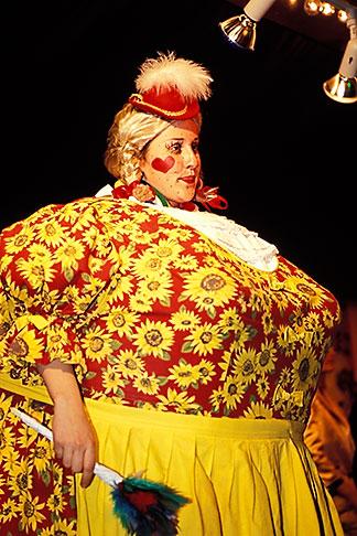 image 3-952-93 Germany, Munich, Oktoberfest, Variety show, Variete Schichtl