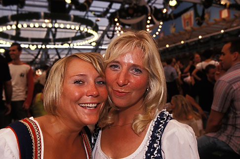 image 3-955-21 Germany, Munich, Oktoberfest, Women in beer hall