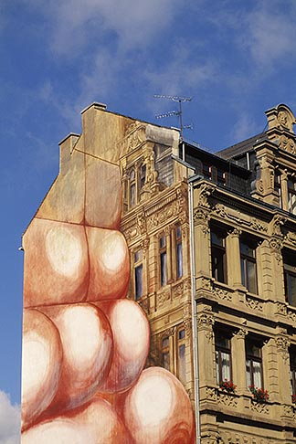 image 5-281-27 Germany, Wiesbaden, Painted building on Schlossplatz Palace Square