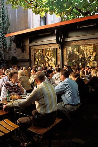 image 5-523-34 Germany, Frankfurt, Adolf Wagner applewine tavern, Sachsenhausen