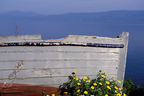 image 3-700-25 Greece, Hydra, Abandoned fishing boat