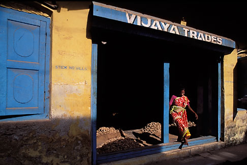 image 7-107-8 India, Cochin, Spice warehouse