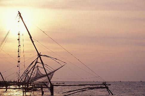 image 7-108-23 India, Cochin, Chinese fishing nets at sunset