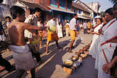 trivandrum stock photography | India, Trivandrum, Giving the blessing, Pongala festival, image id 7-142-2