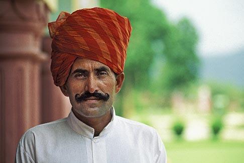 image 7-297-12 India, Rajasthan, Rajasthani man with red turban
