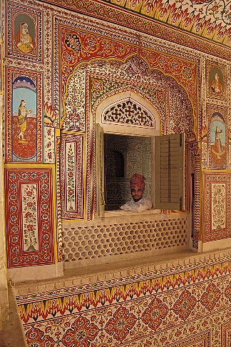 image 7-320-16 India, Rajasthan, Durbar Hall, Samode Palace