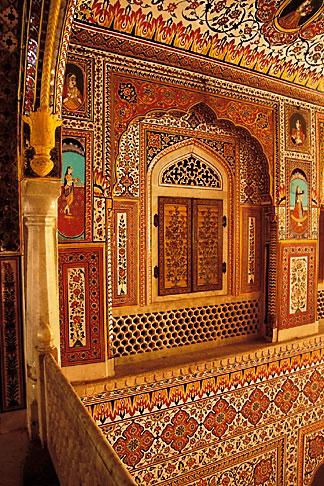 image 7-324-11 India, Rajasthan, Durbar Hall, Samode Palace