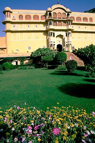 image 7-336-7 India, Rajasthan, Samode Palace