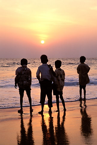 image 7-57-17 India, Trivandrum, Children at sunset, Kovalam Beach