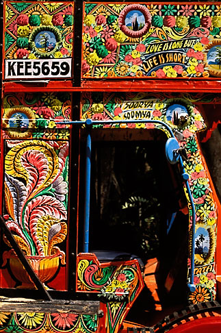 image 7-59-2 India, Trivandrum, Decorated truck