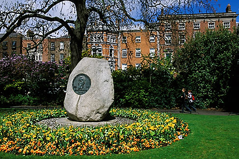 image 4-753-28 Ireland, Dublin, St Stephens Green
