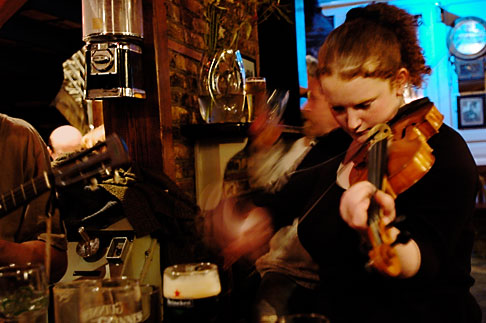 image 4-900-1334 Ireland, County Cork, Kinsale, Traditional Music, The Bulman Bar and restaurant