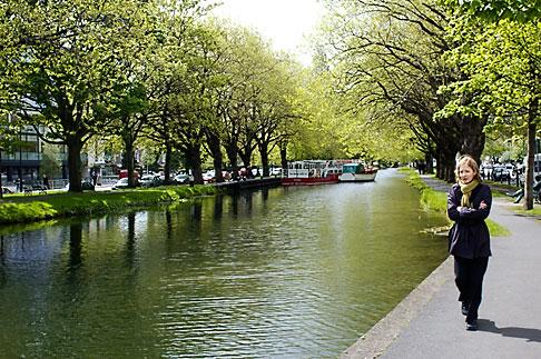 image 4-900-16 Ireland, Dublin, Grand Canal