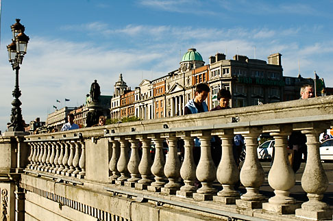 image 4-900-1942 Ireland, Dublin, OConnell Bridge over the River Liffey