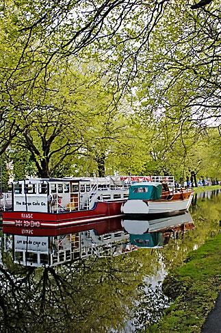image 4-900-23 Ireland, Dublin, Grand Canal
