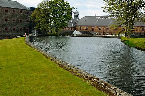 image 4-900-488 Ireland, County Antrim, Bushmills Distillery
