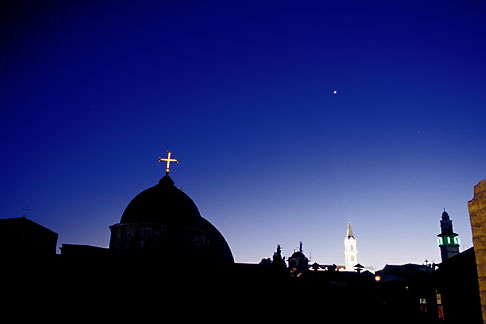 image 9-350-1 Israel, Jerusalem, Church of Holy Sepulchre at night
