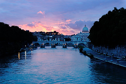 image S4-504-6102 Italy, Rome, Sunset over the Tiber