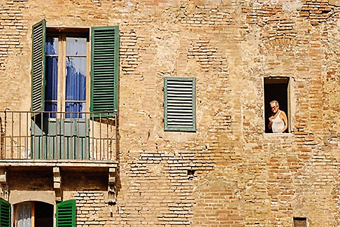 image S4-521-7887 Italy, Siena, Man in window