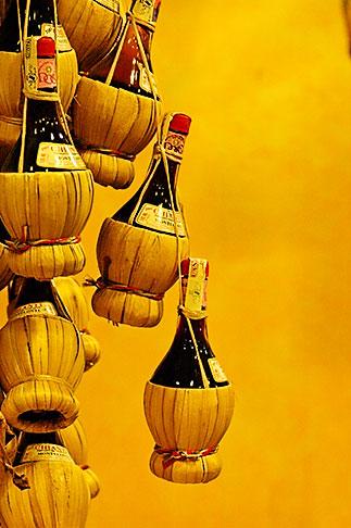 image S4-521-7947 Italy, Siena, Chianti bottles