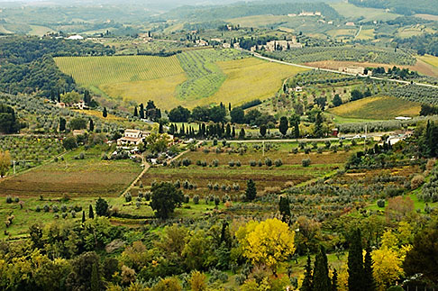 image S4-528-8850 Italy, San Gimignano, Surrounding countryside
