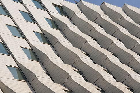 image 5-850-2671 Japan, Tokyo, Office Building, Marunouchi