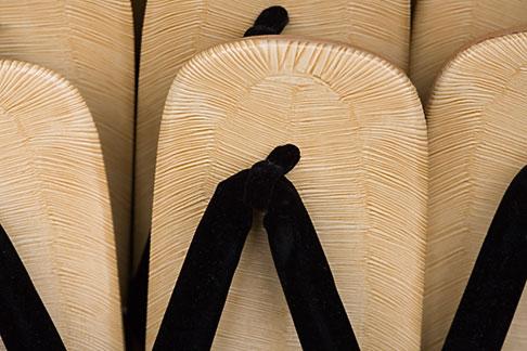 image 5-850-2874 Japan, Tokyo, Tatami sandals