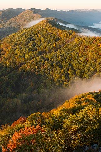 image 7-740-746 Kentucky, Southeast, Cumberland Gap National Historical Park, Morning fog
